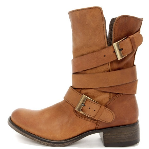 cc3cd4bf2d9 STEVE MADDEN BREWZZER Leather Boot Made In Mexico!